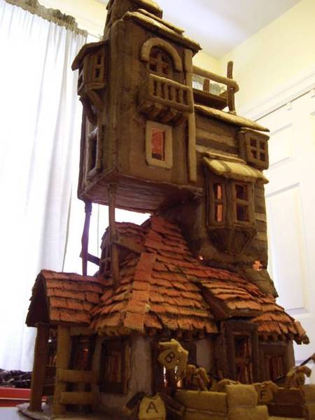 The Burrow Gingerbread